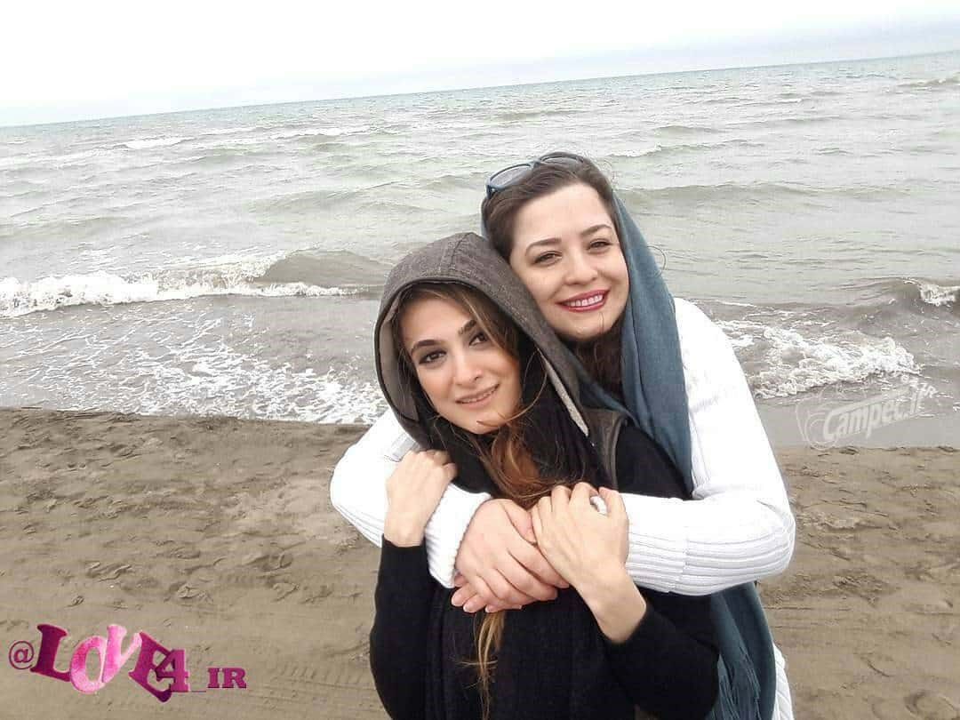 خوشگذرانی مهراوه شریفی نیا و آناهیتا دری در کنار دریا نوروز 96