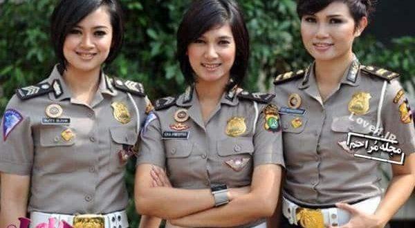 تیپ و پوشش زنان پلیس در کشورهای مختلف +تصاویر
