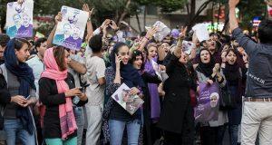 تصاویر جشن پیروزی هواداران روحانی در اصفهان!