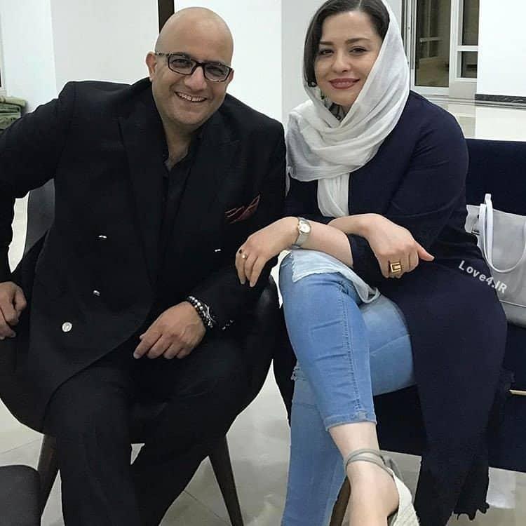 ژست جالب مهراوه شریفی نیا در مراسم افتتاحیه برجهاى دوقلو کیش