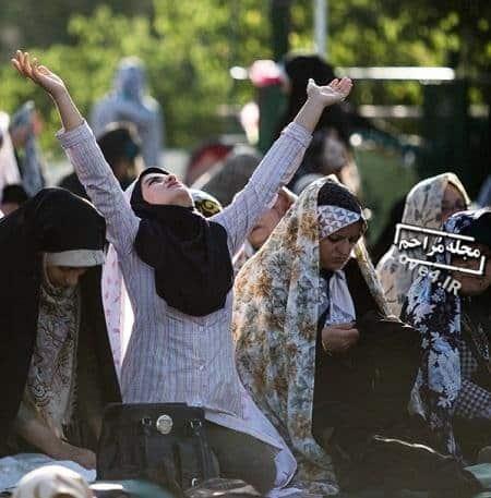 تصاویر زنان و دختران در مراسم نماز عید فطر