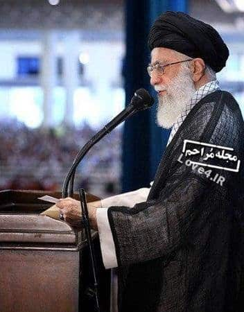 اسلحه رهبر انقلاب در نماز عید فطر +عکس