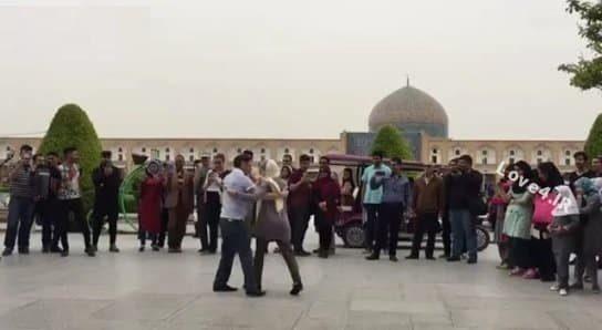 جزئیات رقص زن توریست فرانسوی در نقش جهان اصفهان +فیلم
