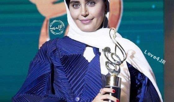 تیپ و مدل مانتوی الناز شاکردوست در جشن حافظ
