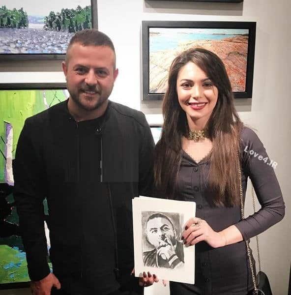 هومن سیدی و هوادارانش در گالری آرتا تورنتو کانادا