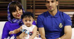 بیوگرافی حسین ماهینی   عکس ماهینی کنار همسر و فرزندش