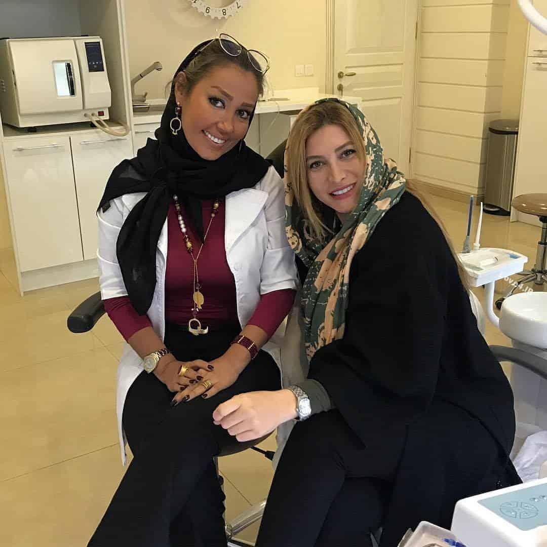 عکس فریبا نادری و دندان پزشکش در مطب