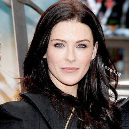 Bridget Regan در نقش ساشا در سریال آخرین کشتی