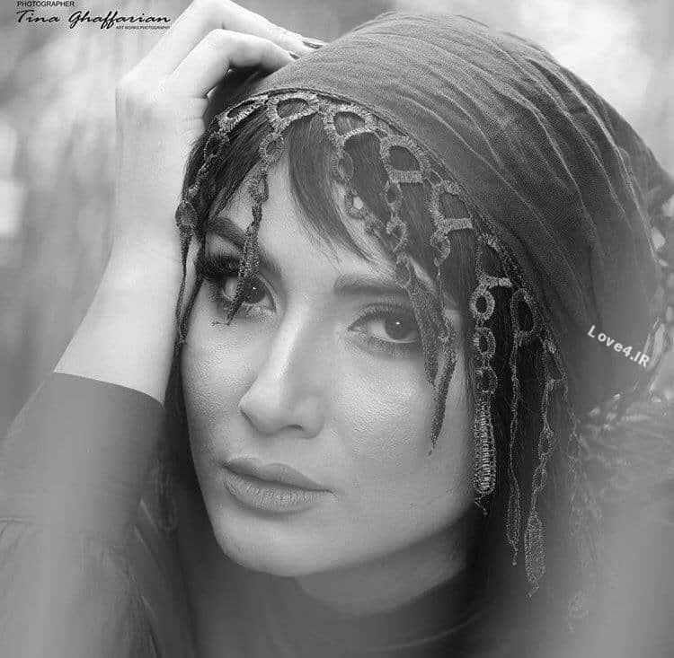 عکس جدید سمیرا حسن پور با تیپ خاص